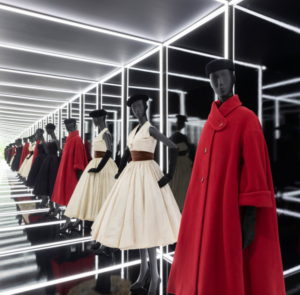 Victoria and Albert Museum Dior